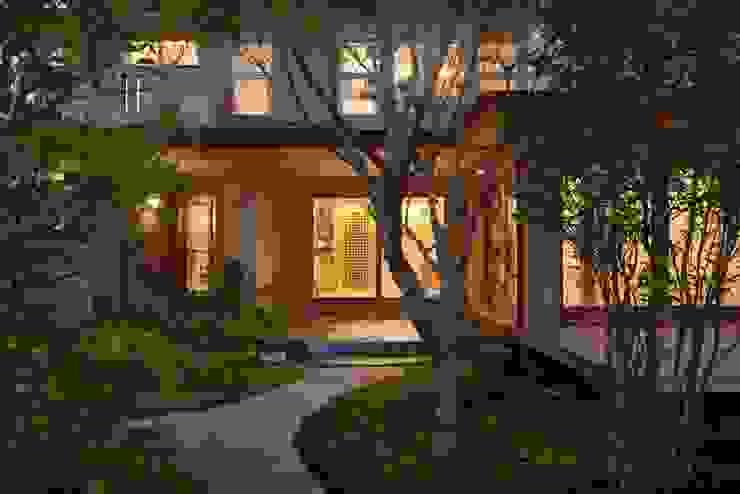 stage Y's 一級建築士事務所 Modern windows & doors Wood White