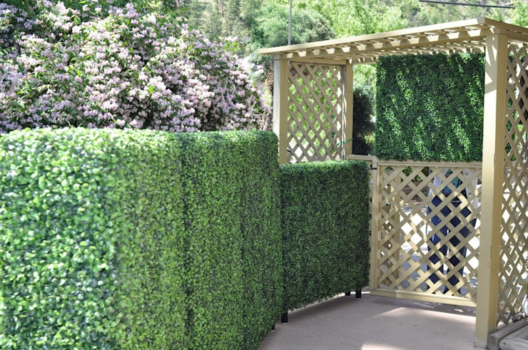 Artificial hedges for garden decorative:  Terrace house by Sunwing Industries Ltd,Tropical Plastic