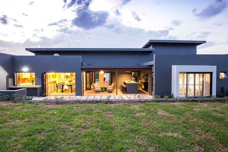 Brooklyn Housing Estate. Umhlali. Modern houses by Sphere Design & Architecture Modern