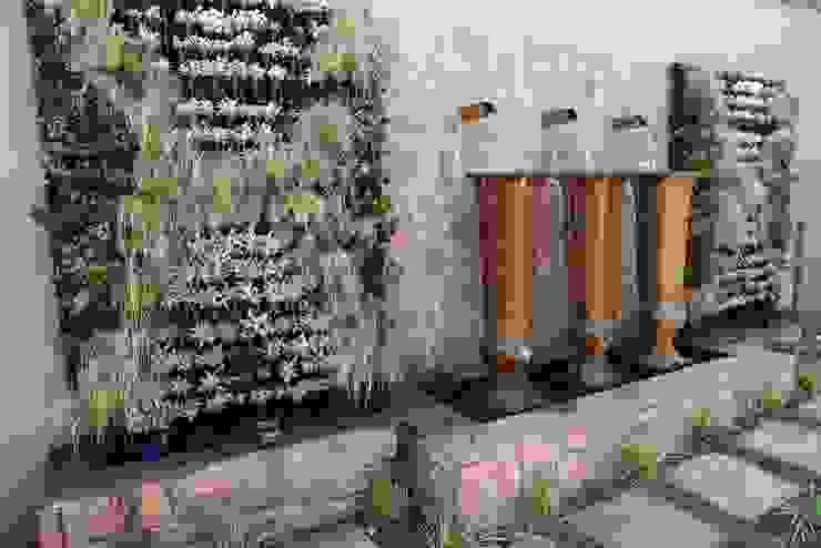 Middelberg Mediterranean style garden by Modiwall Vertical Gardens Mediterranean