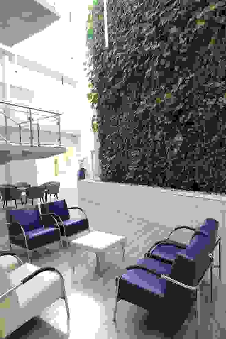Netcare Muldersdrift by Modiwall Vertical Gardens Tropical
