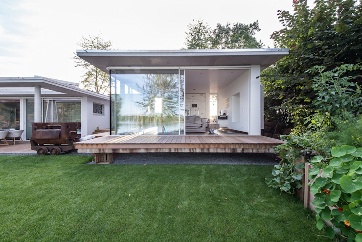 Burckhardt Metall Glas GmbH Ruang Keluarga Modern