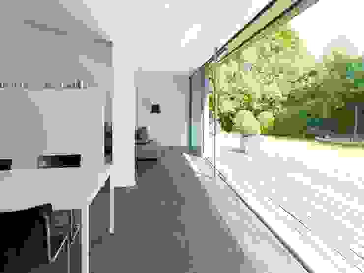 Burckhardt Metall Glas GmbH Modern Living Room