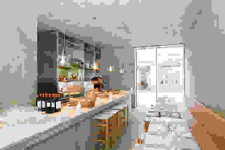 Burckhardt Metall Glas GmbH Sala da pranzo moderna