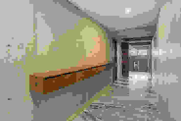 PHia Corridor, hallway & stairsAccessories & decoration