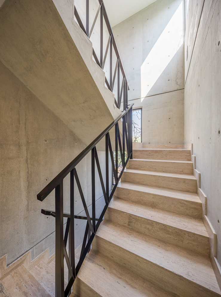 Couloir, entrée, escaliers modernes par PHia Moderne