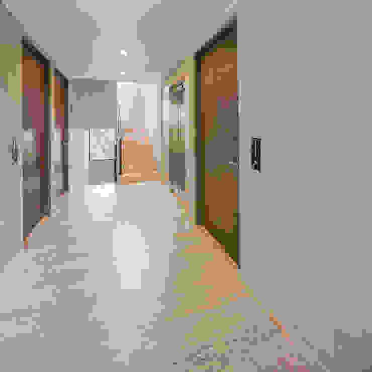 PHia Koridor & Tangga Modern