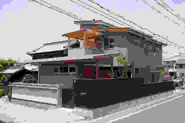 stage Y's 一級建築士事務所 Modern houses Wood Grey