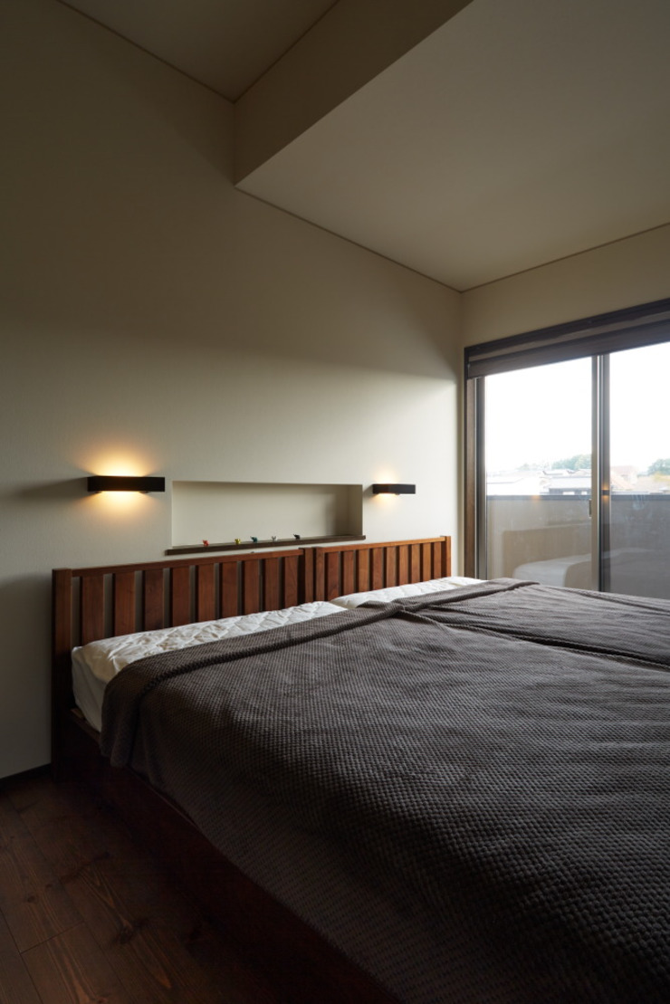 stage Y's 一級建築士事務所 Modern style bedroom Wood White