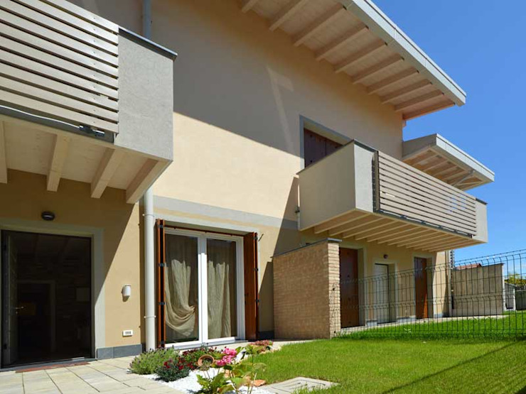 Casas de madera de estilo  por Marlegno, Moderno Madera Acabado en madera