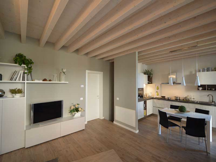 Salones modernos de Marlegno Moderno Madera Acabado en madera