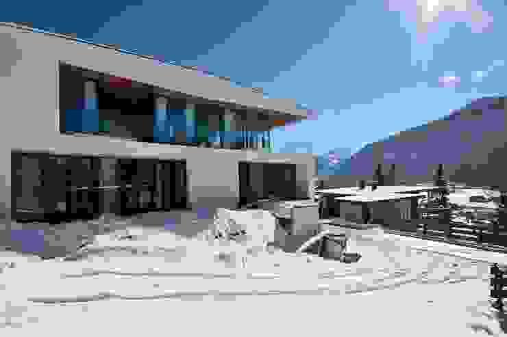 BESTO ZT GMBH_ Architekt DI Bernhard Stoehr Casas estilo moderno: ideas, arquitectura e imágenes