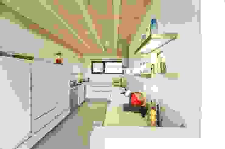Kitchen by HunoldHaus, Modern