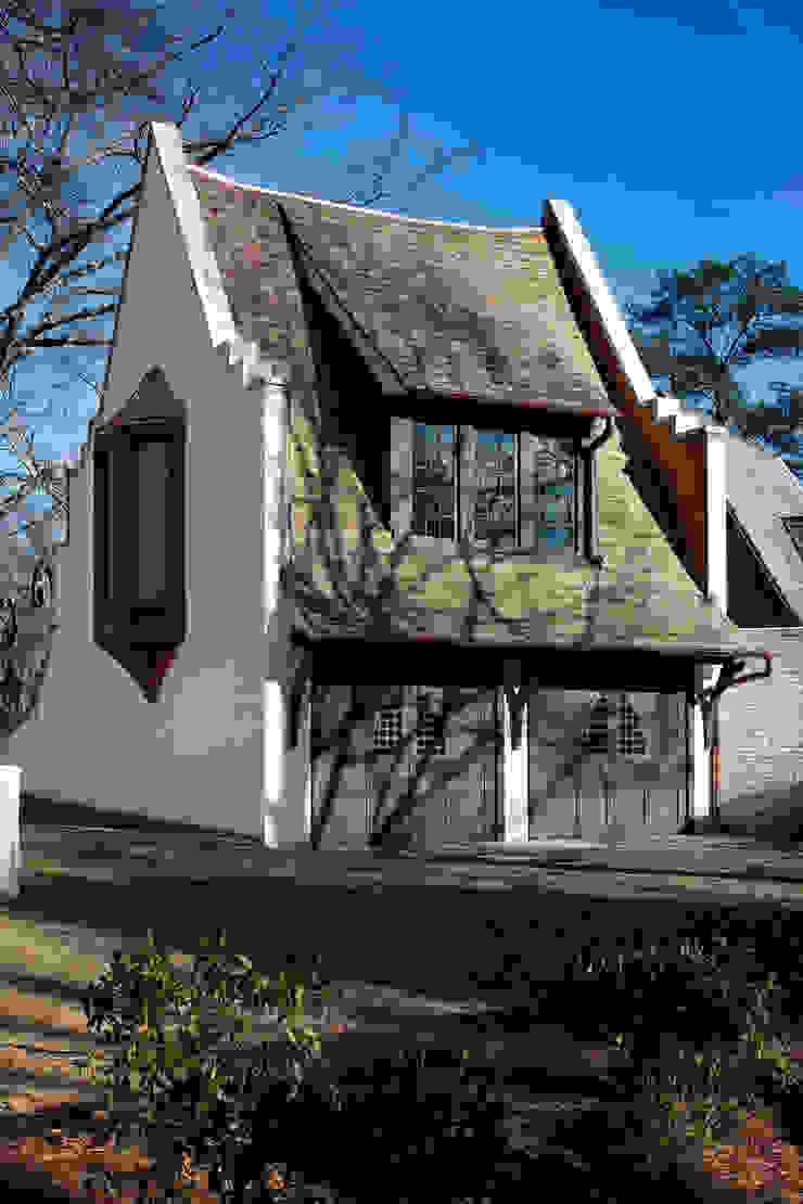 Christopher Architecture & Interiors โรงรถและหลังคากันแดด