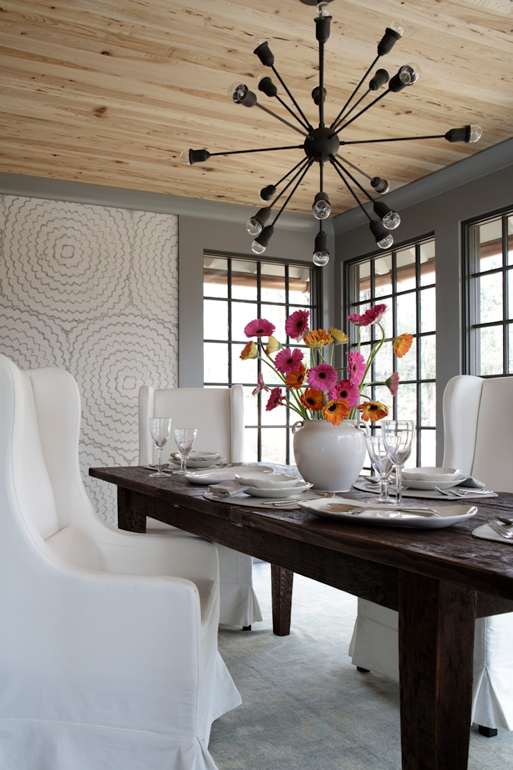 Ridgeview Showhouse Eclectic style dining room by Christopher Architecture & Interiors Eclectic