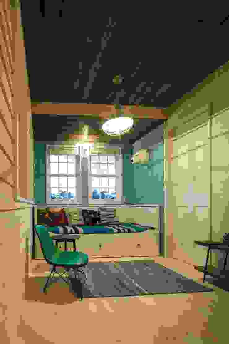house-05 dwarf オリジナルデザインの 多目的室