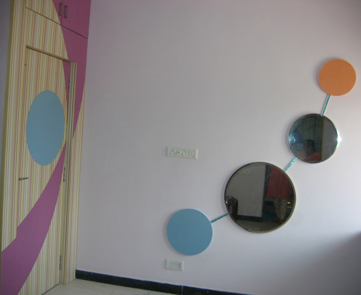 grow with me mirror Modern style bedroom by Bluebell Interiors Modern Plywood