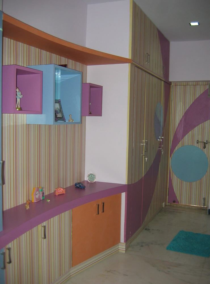 wardrobe & toychest Modern style bedroom by Bluebell Interiors Modern Plywood