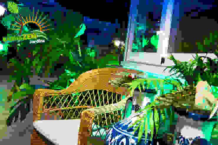 Iluminacion Led de exterior Balcones y terrazas modernos: Ideas, imágenes y decoración de Barnazen Moderno