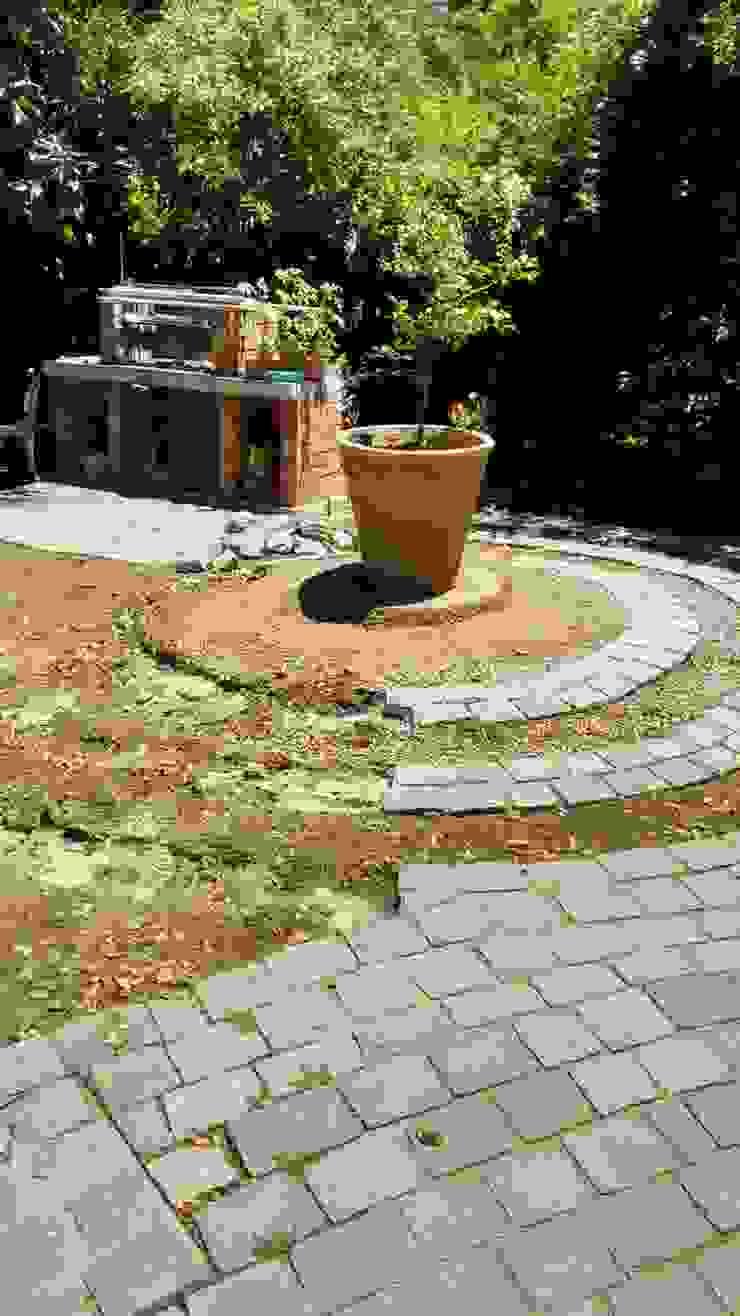 Remodelación jardín de Construcciónes J&r