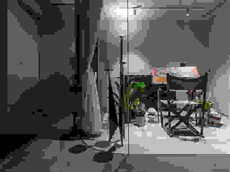 Indoor Green Room Modern Gym by 鄭士傑室內設計 Modern