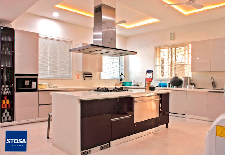 Stosa Cucine India. Latest Installation at Indore: classic  by cmd,Classic Wood Wood effect