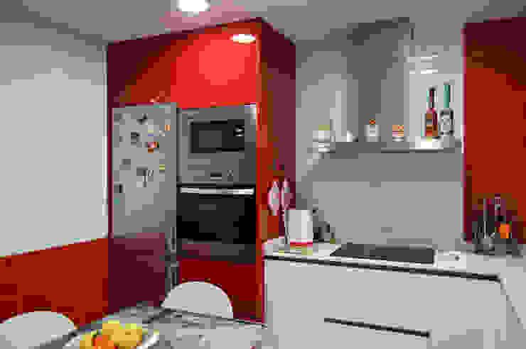 現代廚房設計點子、靈感&圖片 根據 Estudio de Cocinas Musa 現代風