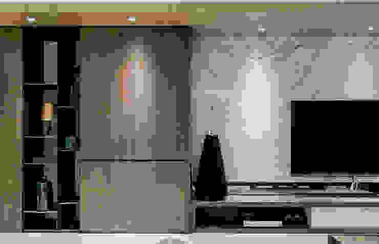 Moderner Flur, Diele & Treppenhaus von 双設計建築室內總研所 Modern
