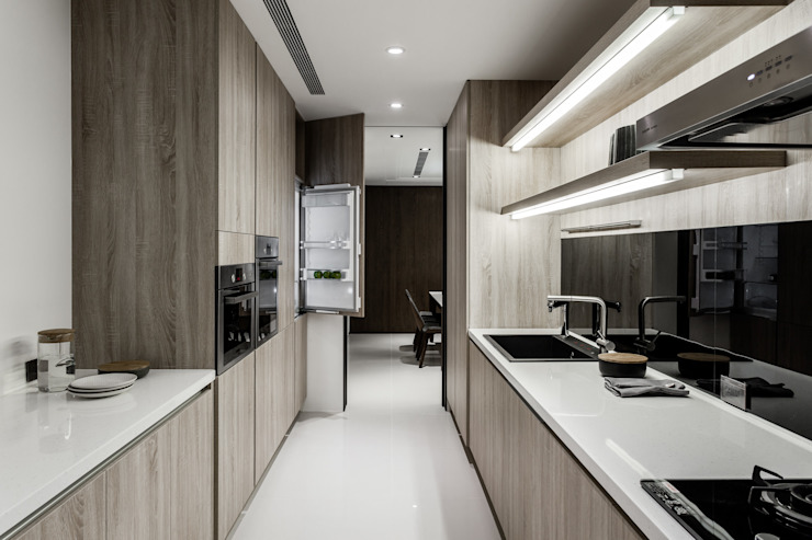 Moderne Küchen von 双設計建築室內總研所 Modern
