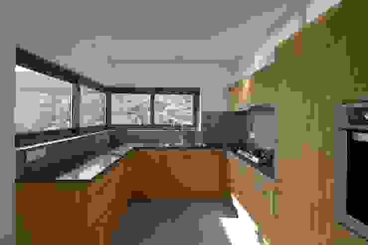 مطبخ تنفيذ Mayer & Selders Arquitectura,