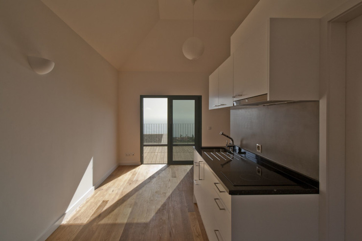Studio by Mayer & Selders Arquitectura Minimalist Wood Wood effect