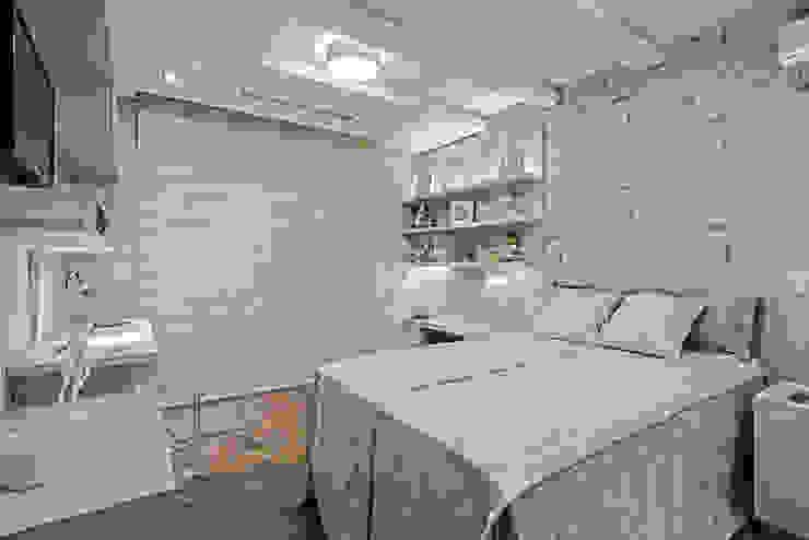 Kamar Tidur oleh TRÍADE ARQUITETURA, Modern