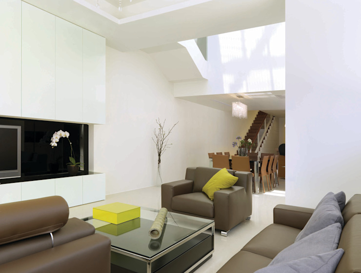 Open Plan ROEWUarchitecture Living room Wood Green
