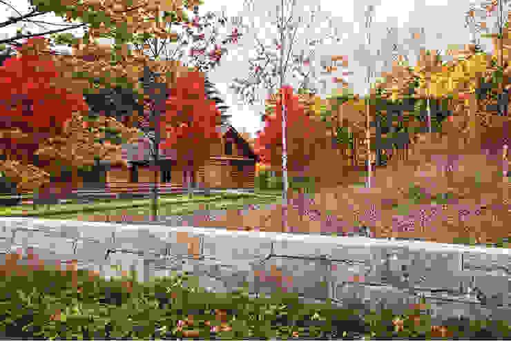 Anfang Herbst, die bunte Farben kommen ins Spiel Rustikaler Garten von homify Rustikal