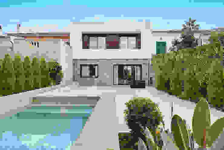Blanca y Matteo House. Esporlas, Mallorca Casas de estilo mediterráneo de JAIME SALVÁ, Arquitectura & Interiorismo Mediterráneo Piedra
