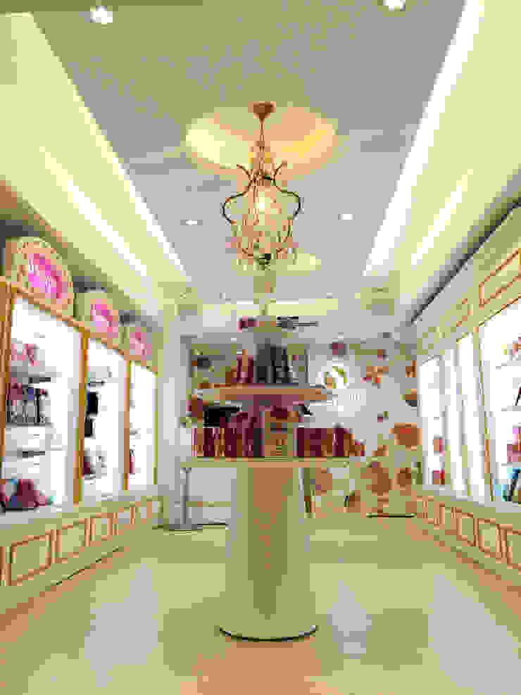 Centros comerciales de estilo moderno de 双設計建築室內總研所 Moderno