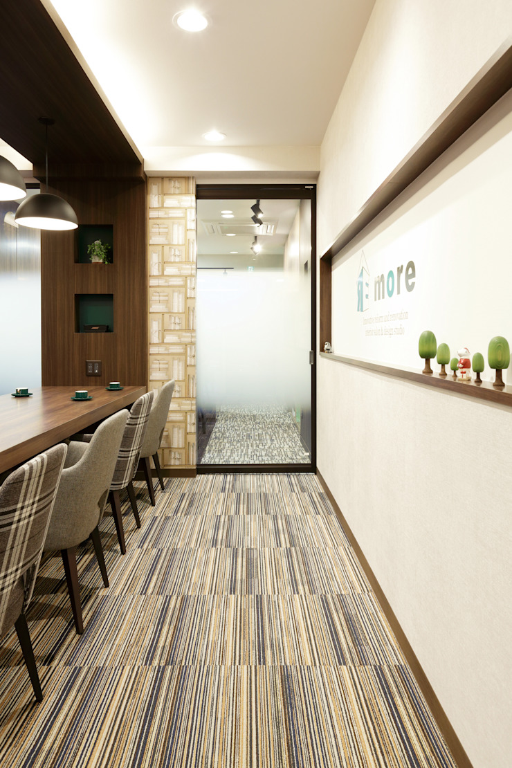 株式会社Juju INTERIOR DESIGNS Oficinas y Tiendas Vidrio Transparente