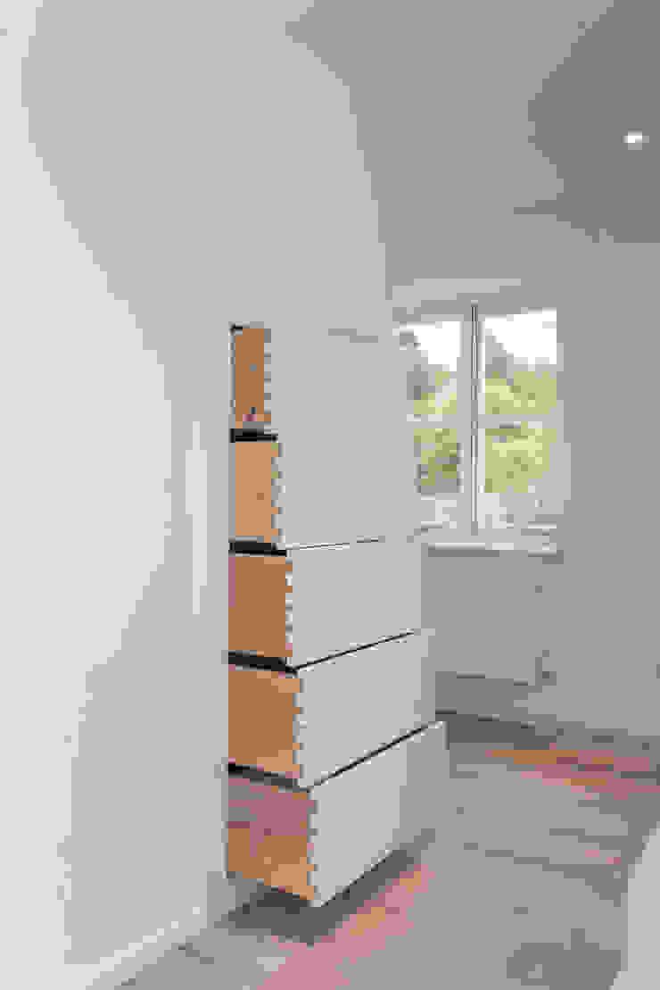 handles shaker Auspicious Furniture Cocinas de estilo rural