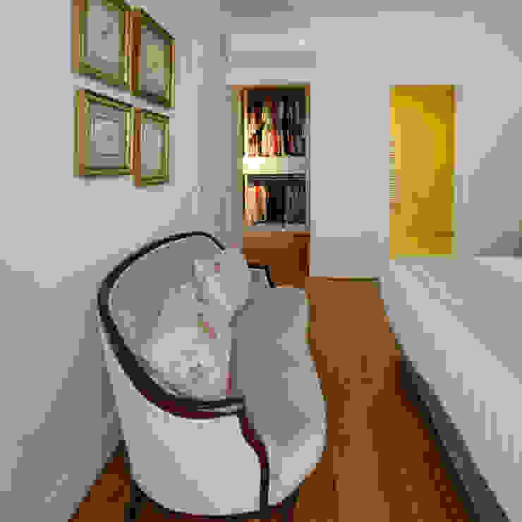 Dormitorios modernos: Ideas, imágenes y decoración de MapOut Moderno