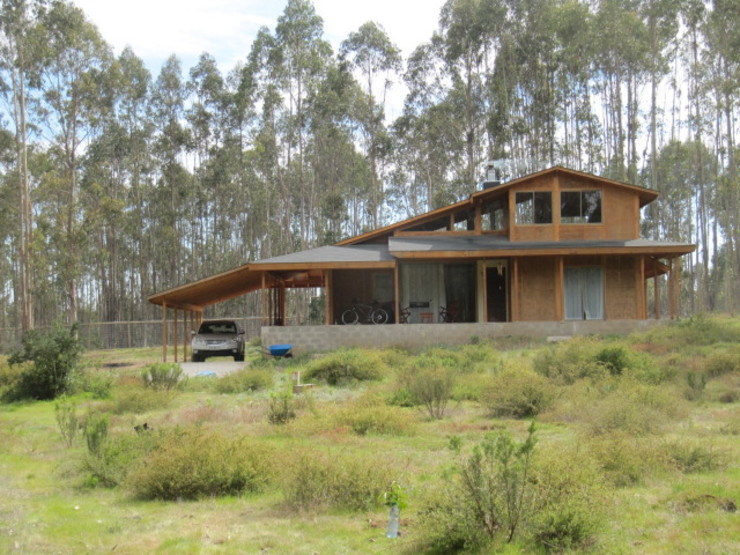 Rustic style house by Proyecto ARQ Rustic Wood Wood effect