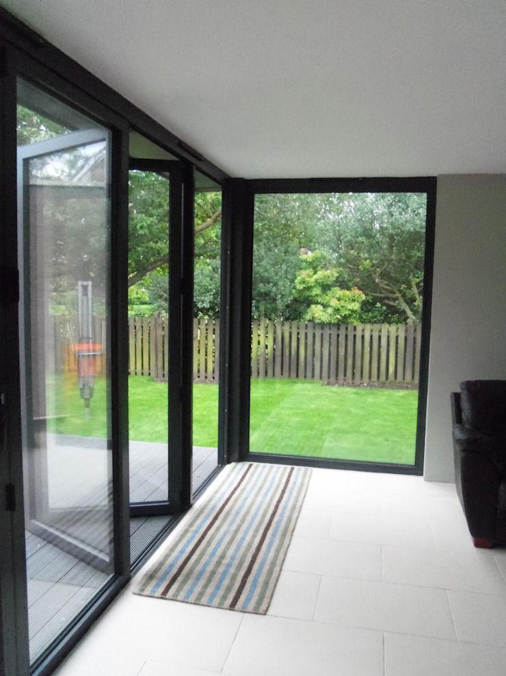 Dab Den Extension - Interior Dab Den Ltd Modern living room Tiles