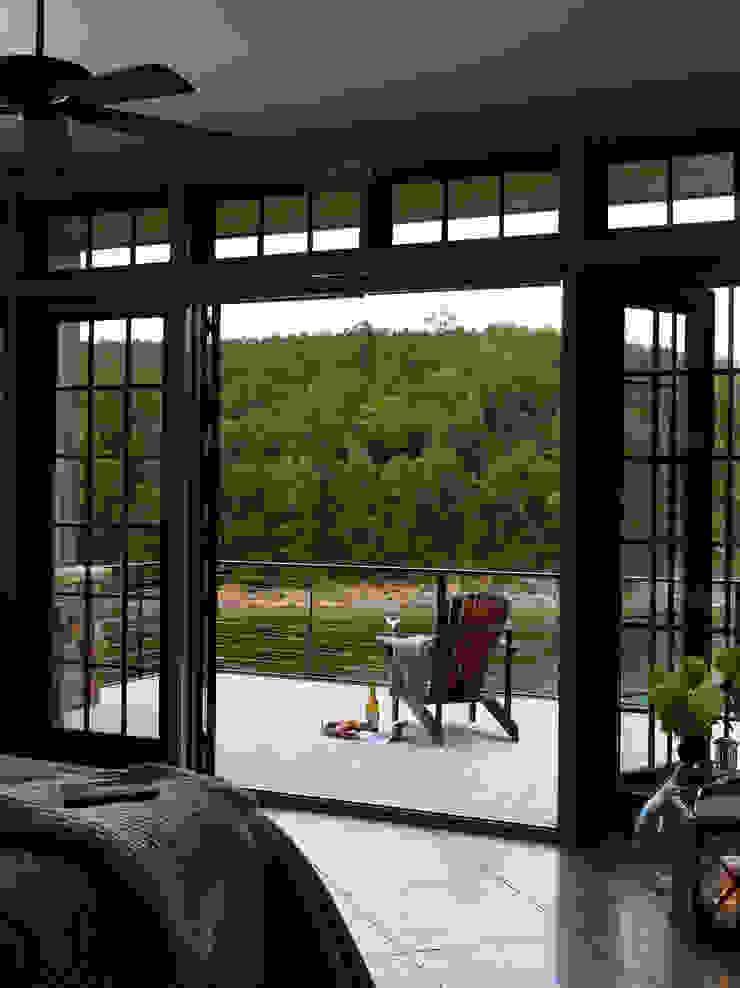 Christopher Architecture & Interiors Modern balcony, veranda & terrace
