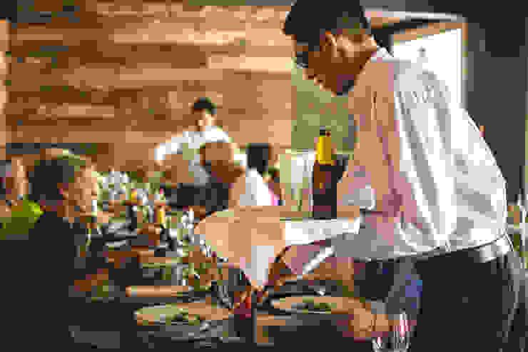 Restaurant Chullpi – Machupicchu Comedores de estilo moderno de FRANCO CACERES / Arquitectos & Asociados Moderno Madera Acabado en madera