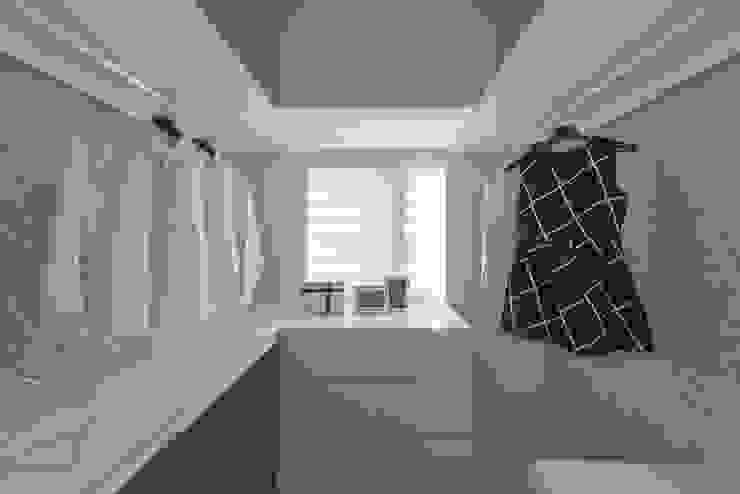 更衣間 Scandinavian style dressing room by 你你空間設計 Scandinavian