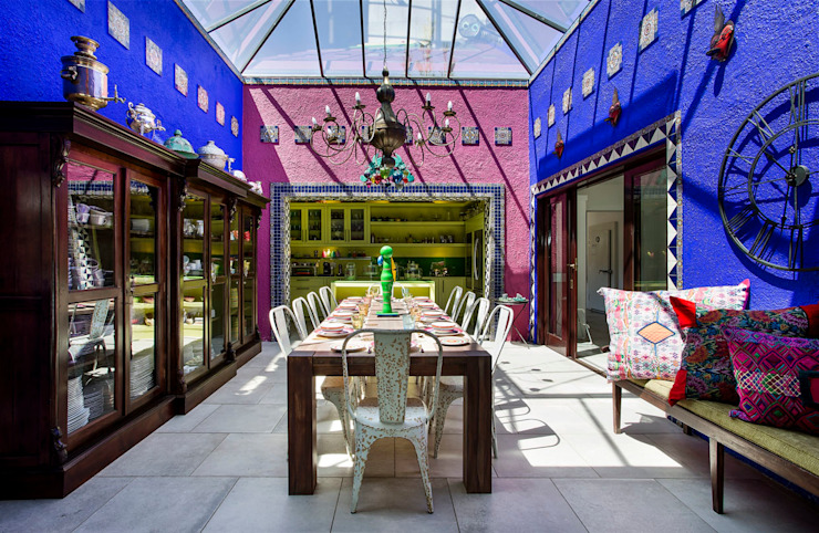 Mexican Breakfast Conservatory Colonial style conservatory by W Cubed Interior Design Colonial Copper/Bronze/Brass