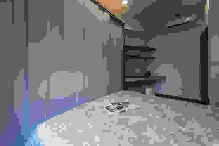 書桌兼梳妝台設計 你你空間設計 臥室