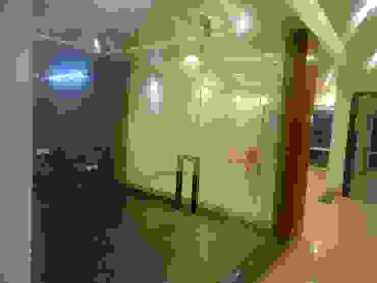 The Big 99 Modern media room by INXUS Constructions Modern