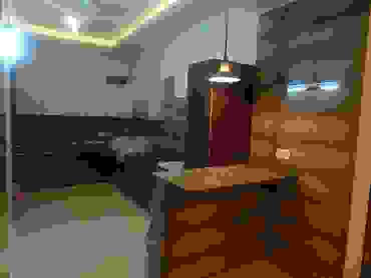 The Big 99 INXUS Constructions Modern kitchen