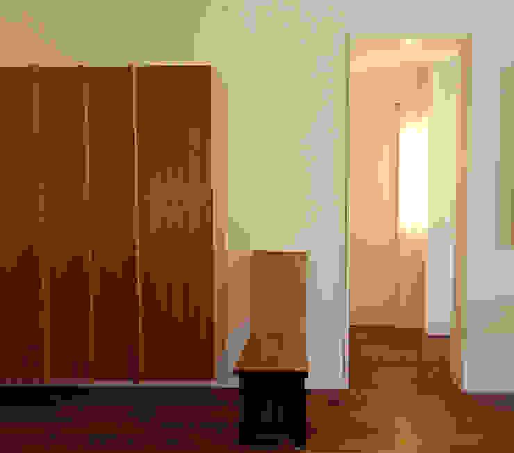 Phòng ngủ phong cách hiện đại bởi SA-DA Architecture Hiện đại