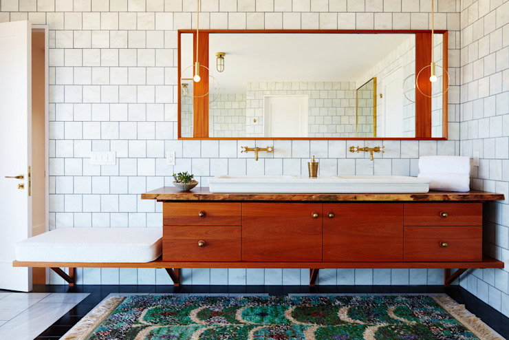 Old Montauk Highway House:  Bathroom by SA-DA Architecture, Modern